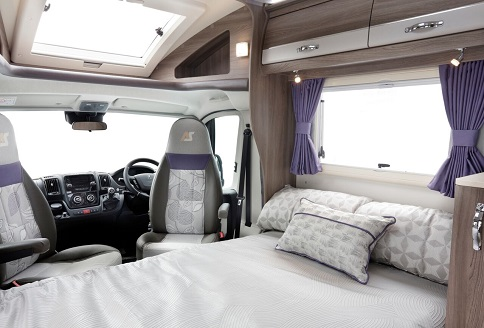 Auto-Sleeper Corinium RB 2018 Front Double Bed