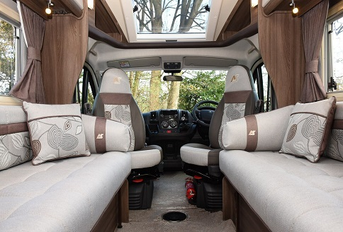New Auto-Sleeper Nuevo 2018 Swival Seats